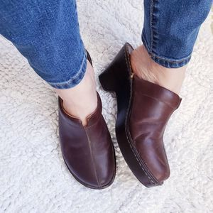 Born Brown Leather Clogs Size 10 Women